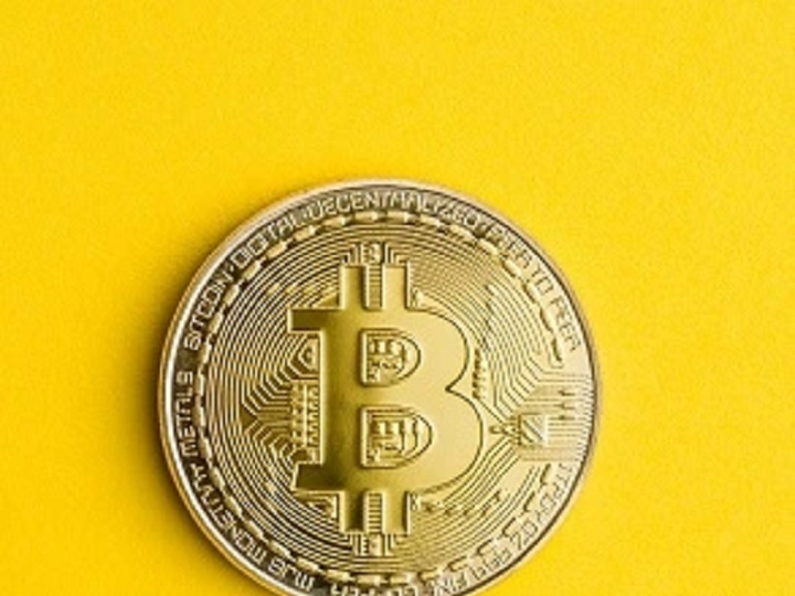 Should Businesses Accept Bitcoin? 6 Myths Debunked